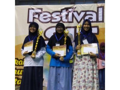 Juara 1 Nasyid Putri